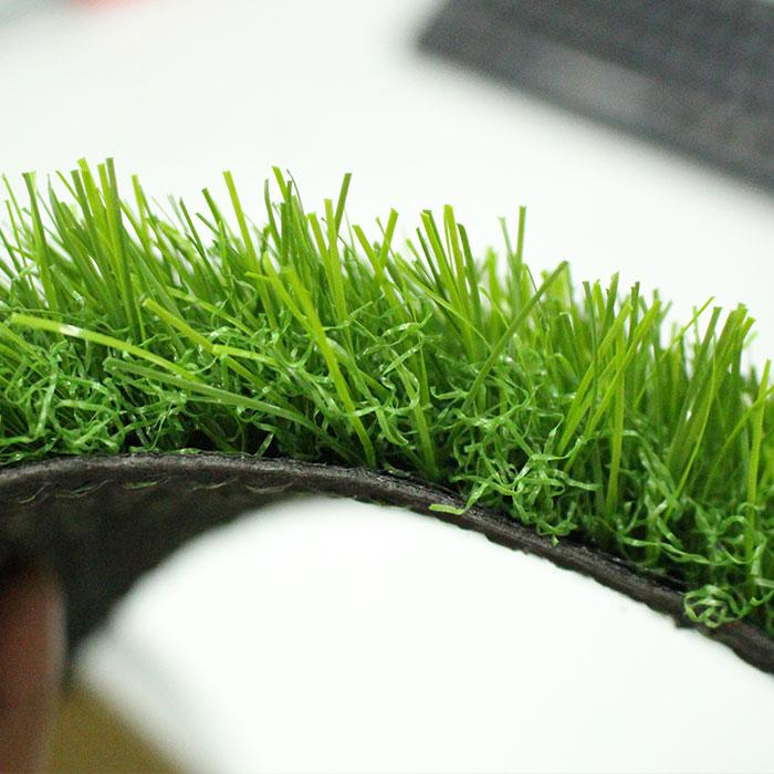 易华人造草坪景观草25mm图片